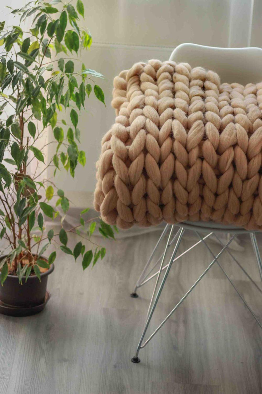 Pletená prikrývka z obrie merino vlny